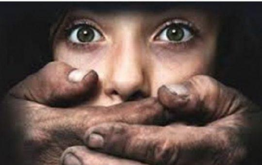 भोपाल: छोटे बेटे को मारने की धमकी दें कर, 3 साल तक अपनी ही बेटी से करता रहा रेप